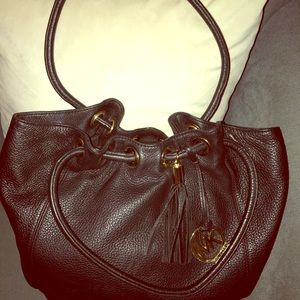 Michael Kors - Large leather bucket bag . Like New